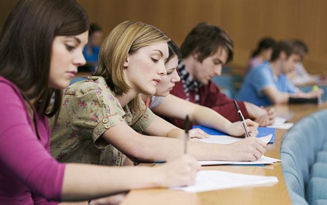 Türkiyə universitetlərinə attestatla qəbul dayandırılıb?