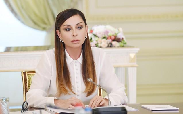 """""""Bu, doğum günü üçün ən yaxşı hədiyyədir"""" - Mehriban Əliyeva"""