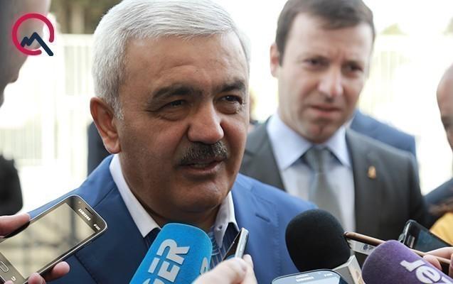 Rövnəq Abdullayev AZAL-ın taleyi ilə bağlı danışdı