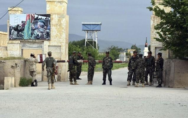 Əfqanıstanda hərbi bazaya terror hücumu