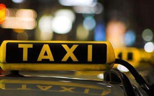 Taksi sürücüsünü döydülər