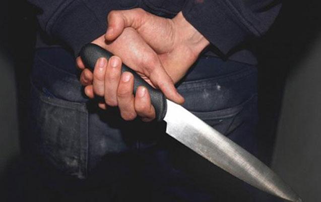 Qaxda 17 yaşlı oğlan bıçaqlandı