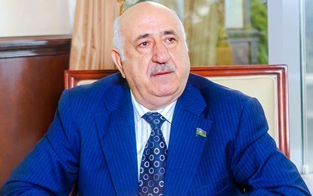 """""""Əslində bizi və xalqı fırladırlar"""" - Yevda Abramov"""