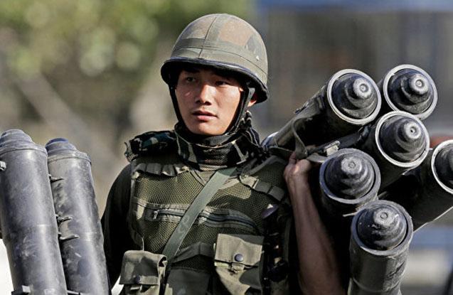 Kaşmirdə silahlılar hərbi düşərgəyə hücum edib