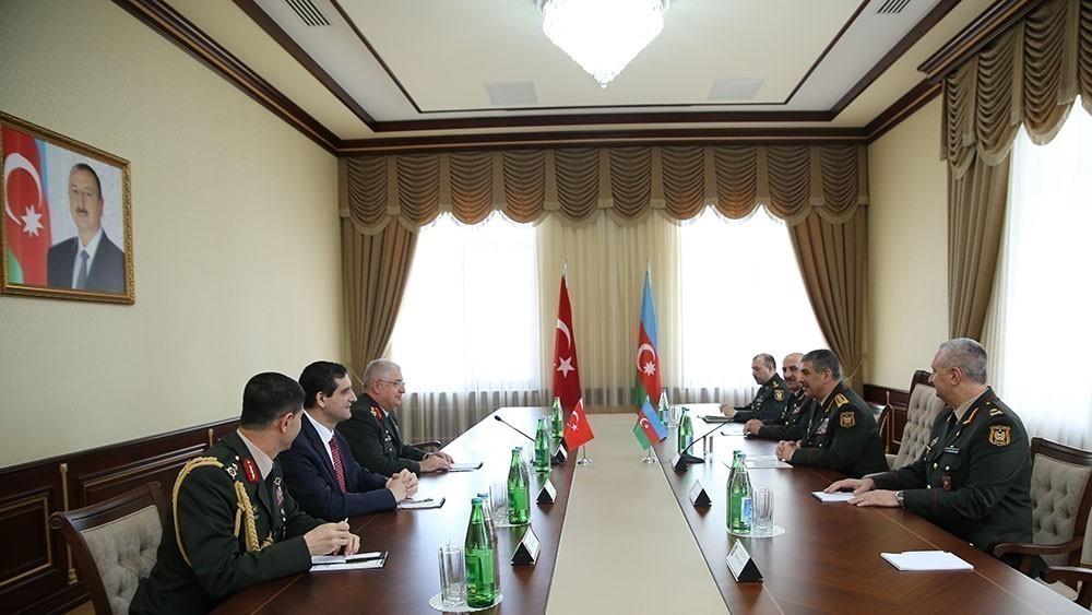 Zakir Həsənov Türkiyə ordu generalı ilə görüşdü