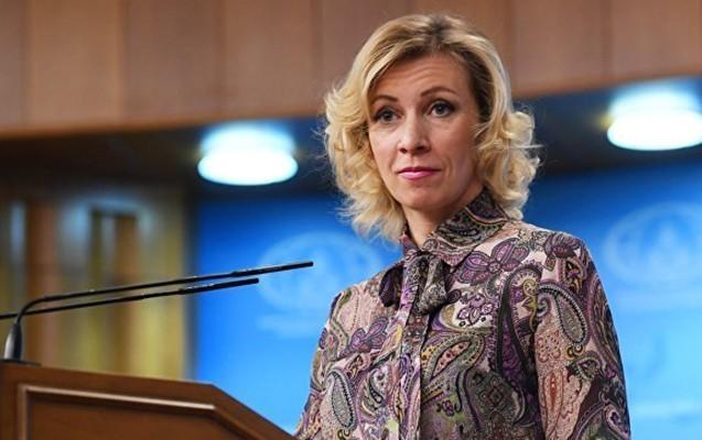 """Mariya Zaxarova azərbaycanlı jurnalistlərə """"xam"""" dedi"""