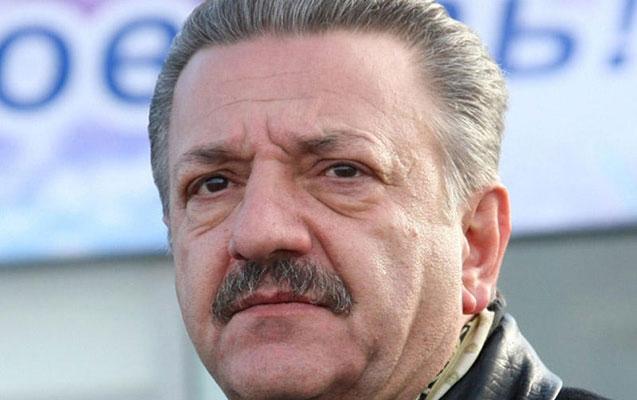 Azərbaycanlı biznesmenin qardaşı barəsində həbs qərarı verildi