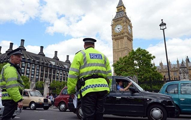 Londonda terror aktı hazırlamaqda şübhəli bilinən 3 qadın saxlanılıb