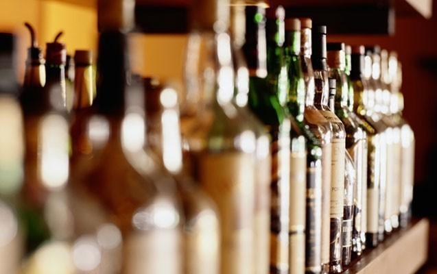 Saxta içki satanlara cinayət işi açıldı