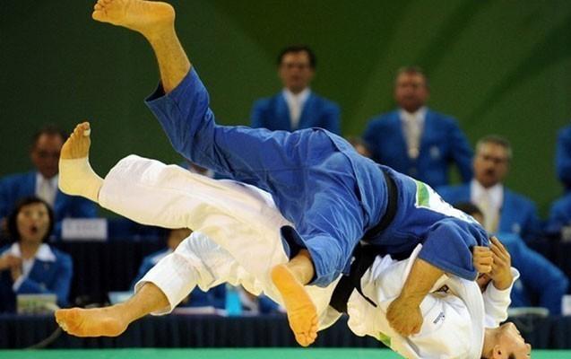 Kəramət Hüseynov bürünc medalı qazana bilmədi