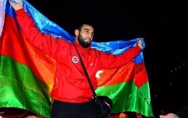 Azərbaycanlı çempion Türkiyədə güllələndi - 6 nəfər yaralanıb
