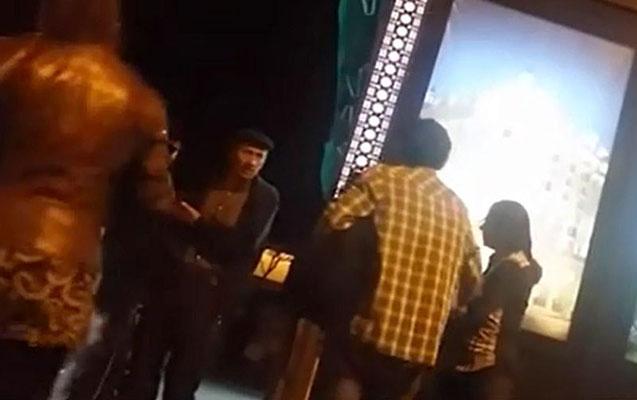 Bakıda qadın ərini küçədə döydü - VİDEO