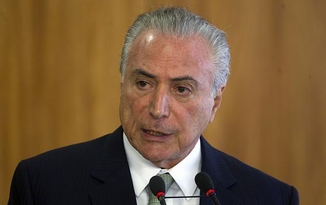 Braziliya prezidenti rəsmən korrupsiyada ittiham olunur