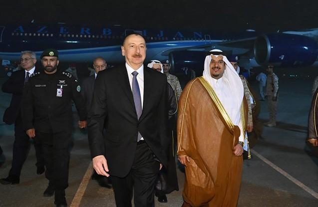 Prezident Səudiyyə Ərəbistanına səfər edib
