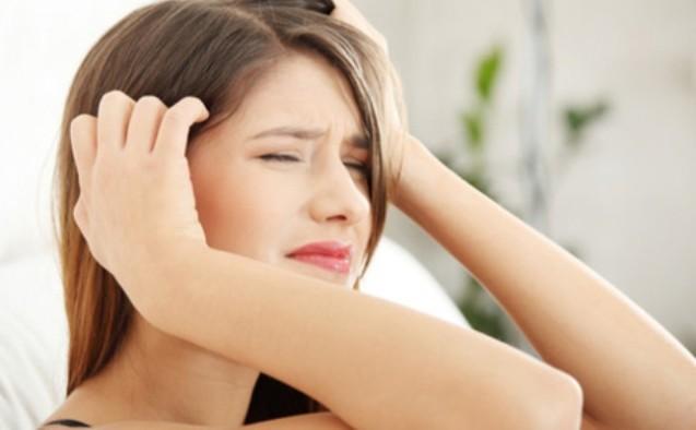 Səhər baş ağrılarının 8 səbəbi