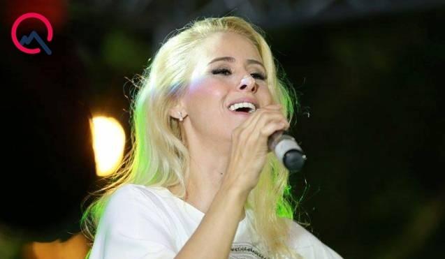 Məşhur türkiyəli müğənni Bakıda konsert verdi