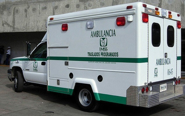 Meksikada avtobus aşdı, 17 ölü