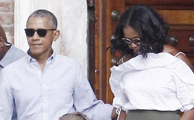 Obama ilə Mişel İtaliyada dincəlir