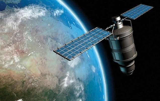 """Azərbaycanın """"Azerspace-2"""" peyki sınaq orbitinə çatıb"""