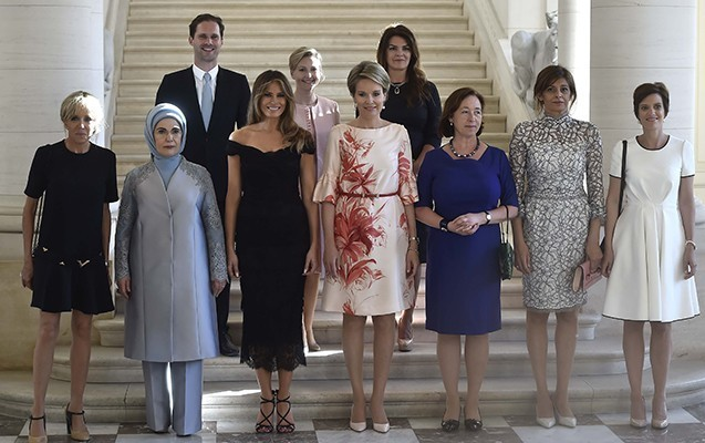 """""""First Lady""""lərin ailə fotosundakı yeganə kişi"""