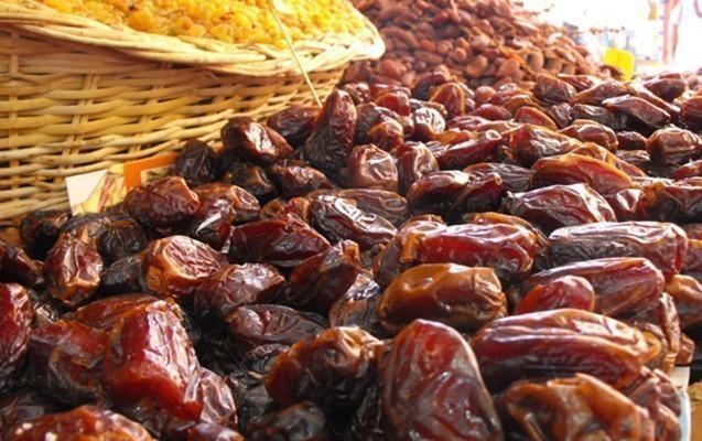Ramazan süfrələrinin baş tacı olan xurmanın