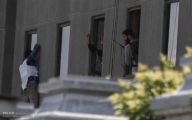 İranda terakt törədən terrorçuların kimliyi məlum oldu