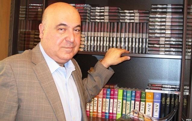 Çingiz Abdullayevin 10 kitabı Azərbaycan dilində nəşr olunub
