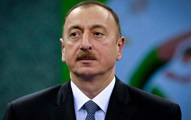 İlham Əliyev idmançıları mükafatlandırdı - 1-ci yer 50 min...