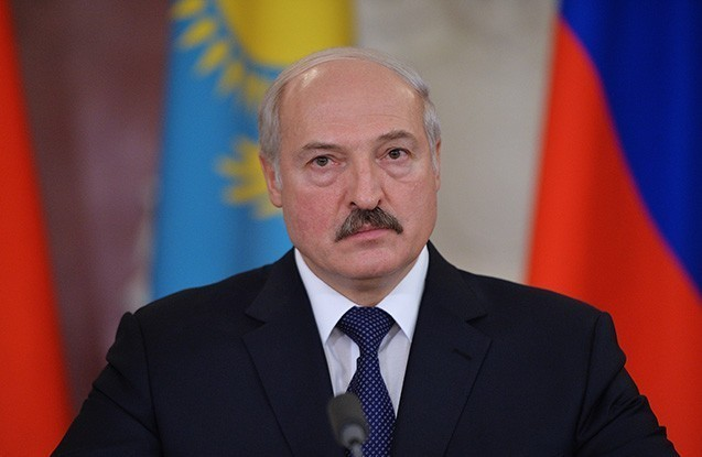Lukaşenko təxminən 6 min məhkumu əfv etdi