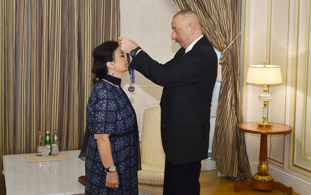 İlham Əliyev xalq artisti ilə görüşdü