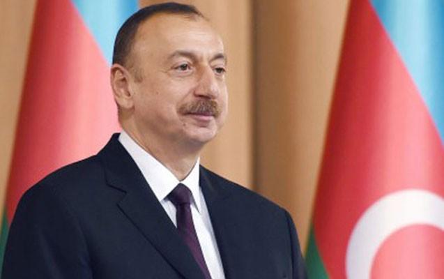 Prezident Oman sultanını təbrik etdi