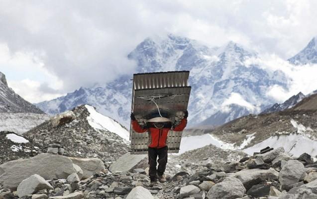 Everest dağının hündürlüyü azalıb - Yenidən ölçüləcək