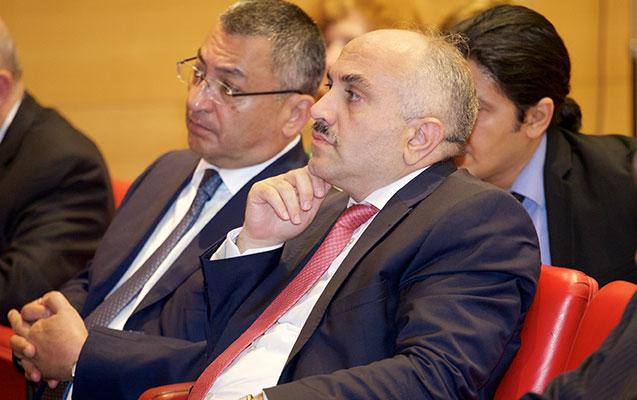 Fransa Senatında azərbaycanlı qaçqın və köçkün problemi