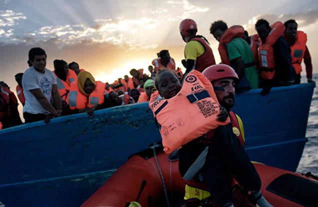 İspaniya sahillərində 400-dən çox miqrant xilas edilib
