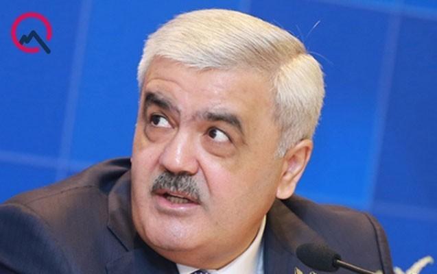 """Rövnəq Abdullayev AFFA-da """"at"""" oynadan bacıları işdən kənarlaşdırıb?"""