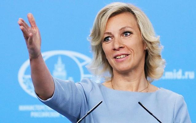 Mariya Zaxarova türklərin vurduğu rus pilota mahnı yazdı