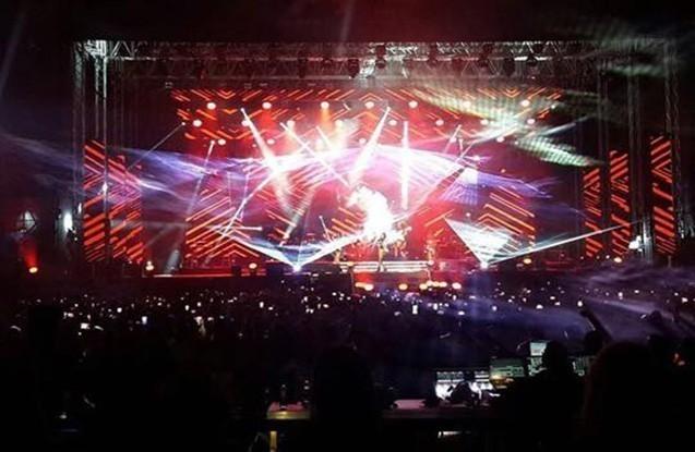 Məşhurların Bakı konsertindən - Fotolar