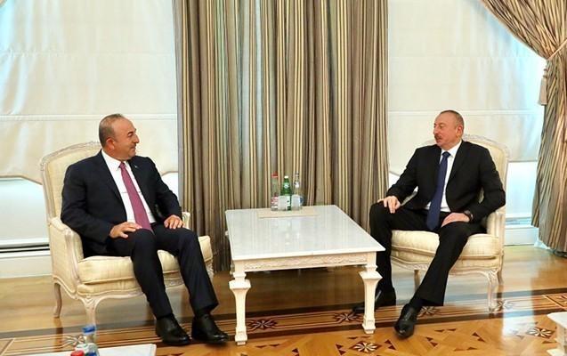 Prezident Çavuşoğlunu qəbul edib
