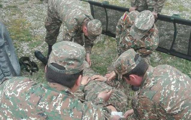Ermənistan ordusunun iki zabiti ağır yaralanıb