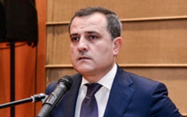 Nazir müavini erməni deputatlara etiraz etdi