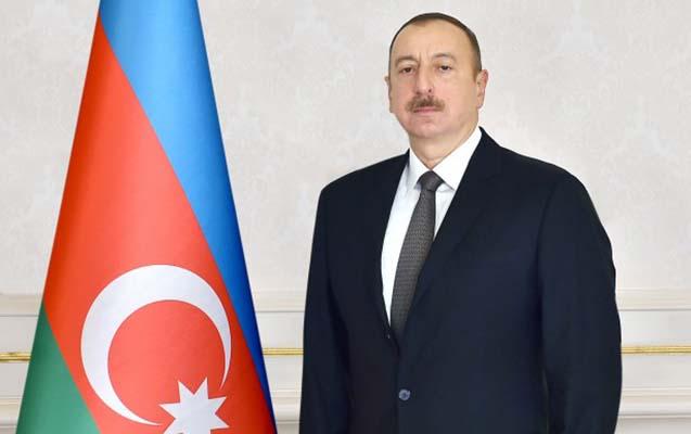 Prezident Qətər əmirini təbrik etdi