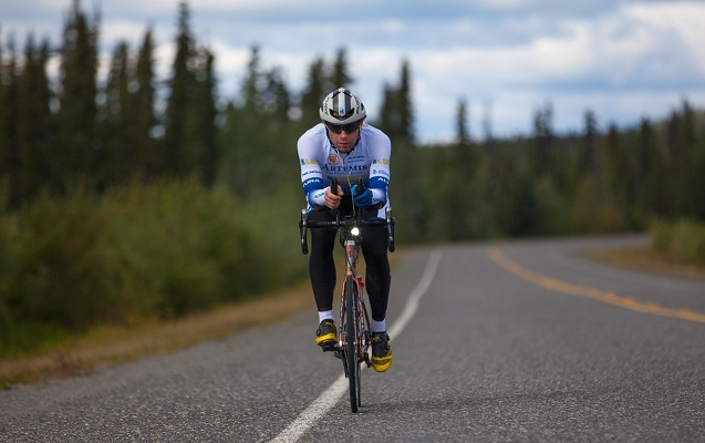 Şotland velosipedçi 79 gündə dünyanı dövr etdi