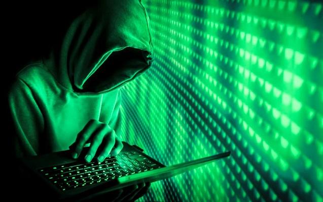 Hakerlər iki milyon istifadəçinin məlumatını ələ keçiriblər