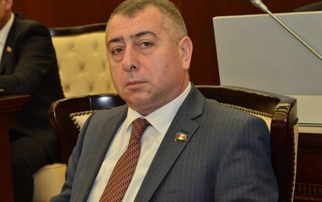 Millət vəkili borca görə deputat vəsiqəsini girov qoyub