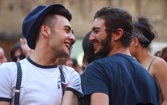 Homoseksual yolla İİV-ə yoluxanların sayı artıb