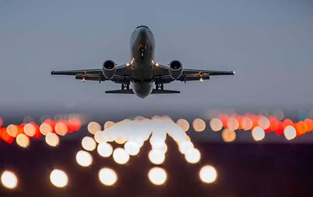"""""""Boeing-777""""nin sərnişinləri Londona yola salındı"""