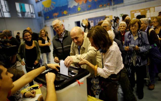 Sloveniya xalqı yeni prezidentini seçir