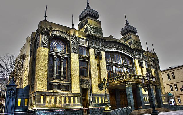 Opera və Balet Teatrı yubiley mövsümünün açılışına hazırlaşır
