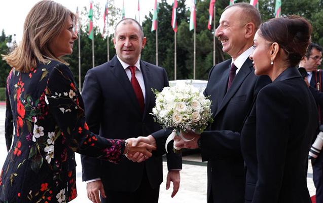 Bolqarıstan lideri və xanımı Bakıda - Yenilənib