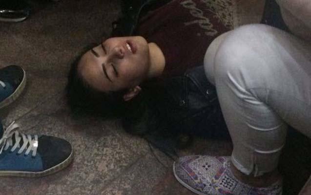 Gənc qız Bakı metrosunda intihara cəhd etdi